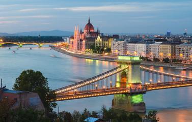 Chain Bridge & Hungarian Parliament