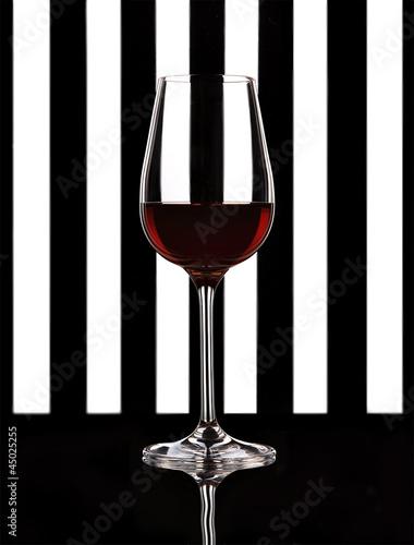 Plakat Calice di vino su sfondo bianco e nero