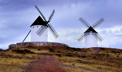 dos molinos de viento
