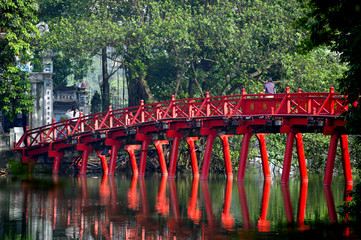 ,pont du temple Ngoc Son. hanoi,vietnam