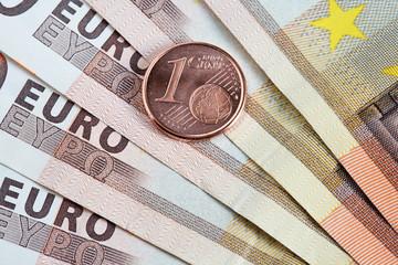 centimo de euro y billetes