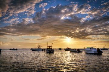 Bateaux au crépuscule - La Réunion