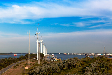 Energieversorgung einer Hafenanlage