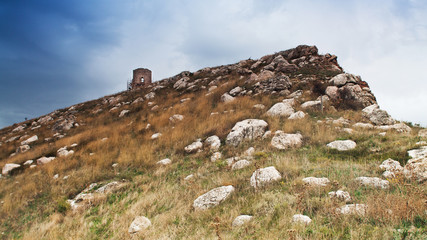 Склон горы с камнями