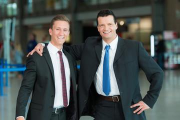 Glückliche Business-Männer