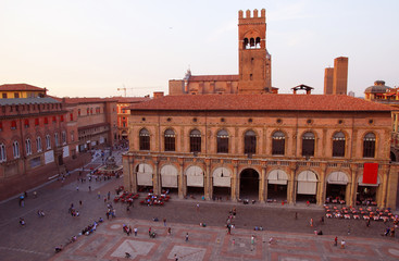 Italy, Bologna King Enzo palace and Neptune square
