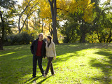 USA, New York City, Manhattan, Central Park, Mature couple in Central Park