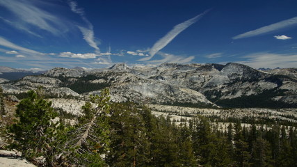 Panoramic view of Sierra-Nevada, Yosemite, time-lapse