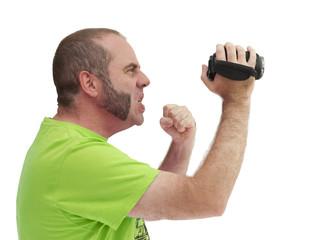Homme filmant avec un caméscope