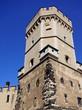 Historischer Frauenturm am Kölner Rheinufer