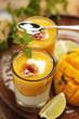 Mangopüree mit Joghurt