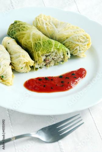 Gołąbki z kaszą jaglaną Stuffed cabbage with millet