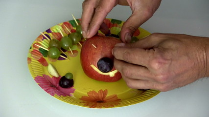 яблочная голова