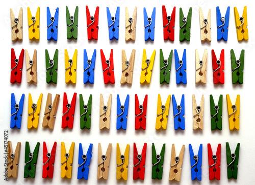 Planche de pinces à linge
