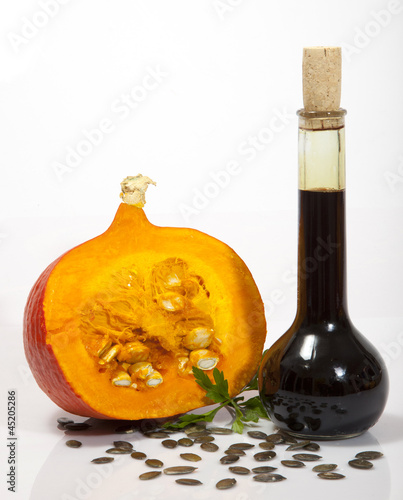 OIL OF PUMPKIN © Herby Meseritsch