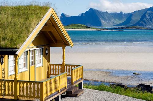 canvas print picture Ferienhaus auf den Lofoten