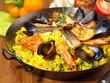 Paella in der Pfanne