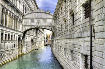 Bridge of sighs in Venice, Italy.