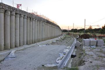 cantiere per costruzione nuova galleria ferroviaria