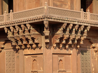 Sandstone carving at Diwan-i-khas in Fatehpur Sikri