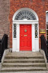 Puerta georgiana en Dublin, Irlanda