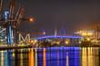 Leinwanddruck Bild - Hafen Containerbrücken  Köhlbrandbrücke