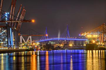 Hafen Containerbrücken  Köhlbrandbrücke