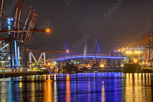 Leinwanddruck Bild Hafen Containerbrücken  Köhlbrandbrücke