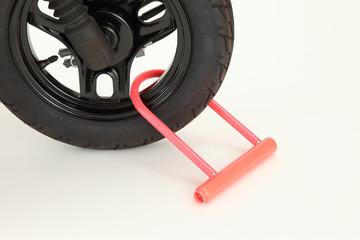二輪車 盗難防止 鍵