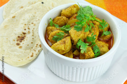 Chicken tikka masala with chapati bread