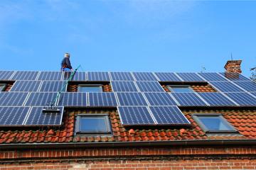 Proffessionelle Solarzellenreinigung