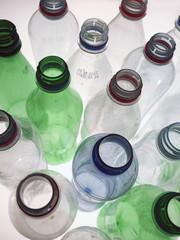 leere plastikflaschen3