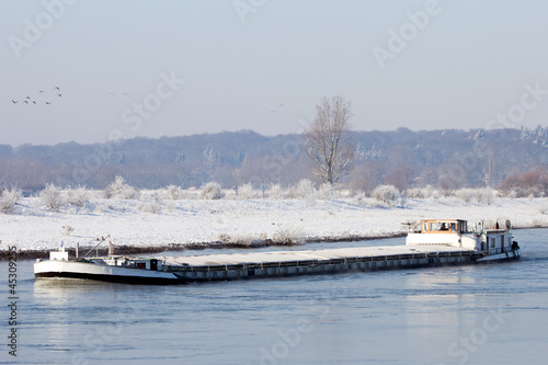 Barge winter