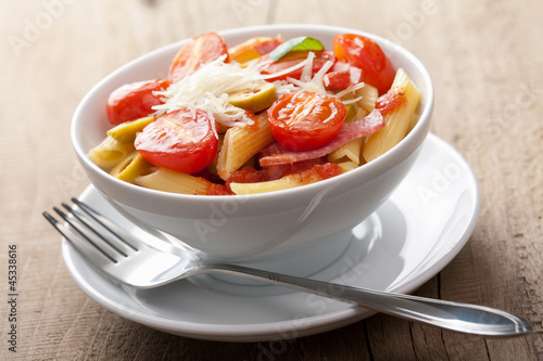 pasta with tomatoes and salam