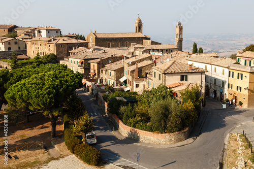 Aluminium Fyle Aerial View of Montalcino, the City of Brunello Wine, Italy