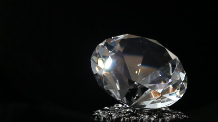 white diamond turning / großer Diamant