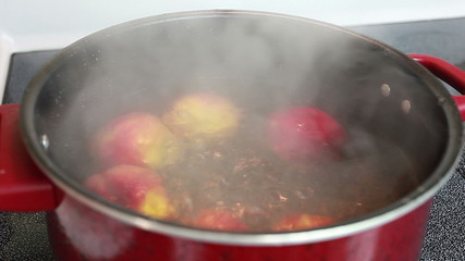 Peaches in boiling water bath