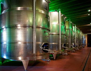 Italy: winemaking (franciacorta)