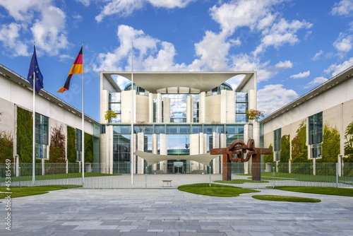 Leinwandbild Motiv Bundeskanzleramt, Berlin