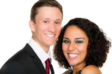 glücklich lachendes paar