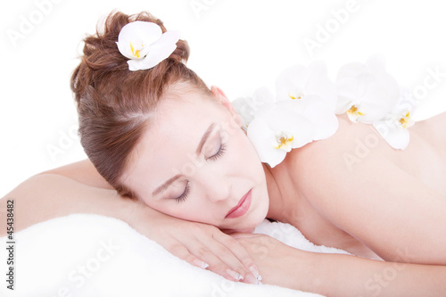 Relaxte Frau im Spa