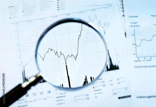Leinwandbild Motiv Märkte im Fokus