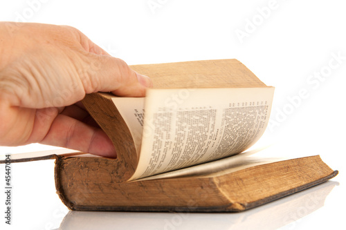 Reading a Dutch bible