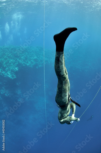 Big Foot scene of a freediving training