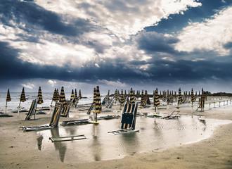 spiaggia dopo la tempesta
