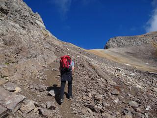 Randonneur dans les Alpes - massif des Cerces