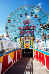 Coney Island's Wonder Wheel
