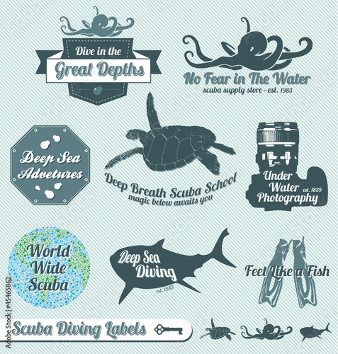 Vector Set: Retro Scuba Diving Labels and Badges