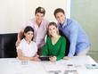 Architektur-Team mit Tablet-Computer