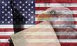 Bandera y símbolos del patriotismo americano.